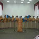 В Назарово прошел концерт народного хора Ветеранов педагогического труда.
